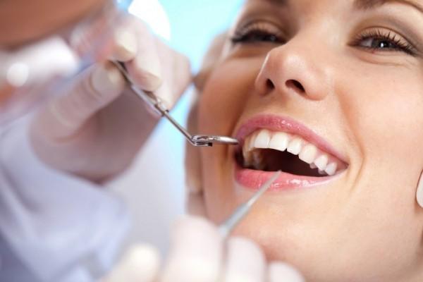 خطرات عفونت و آبسه دندان